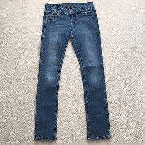 dELia*s Taylor Medium Wash Skinny Jeans